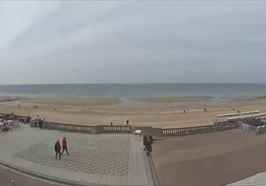 Web camera France, Cabourg, Beach